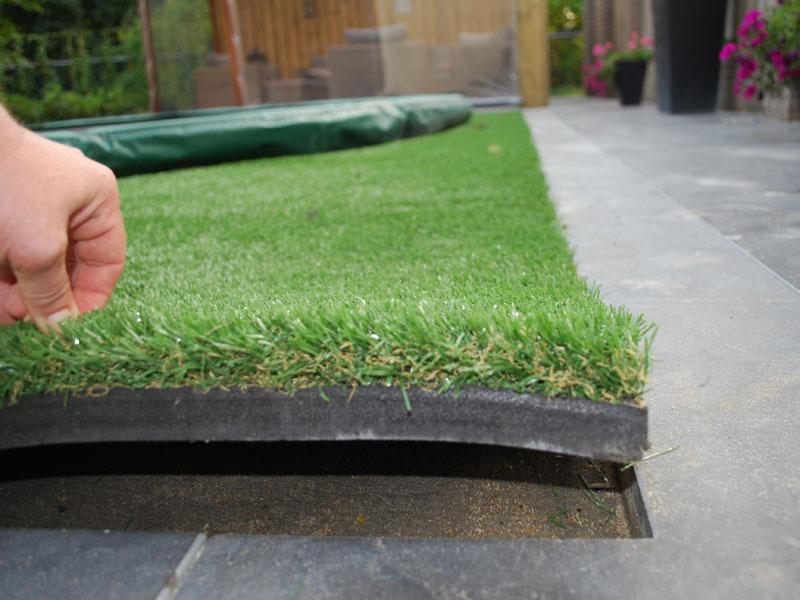Kunstrasen als Fallschutz und als hochwertigen Ersatz von Rasen
