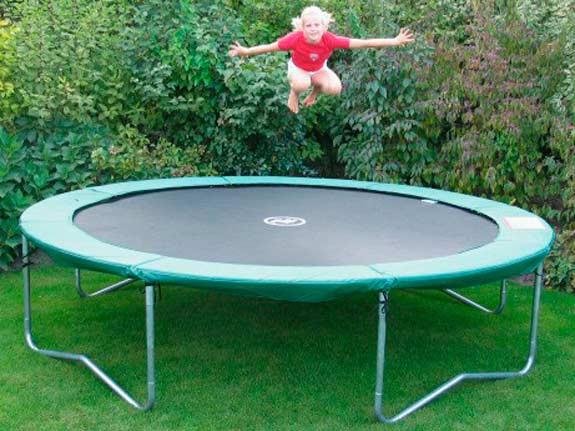 trampoline-qualitaet-01_01w9t9ir6LLPQCH