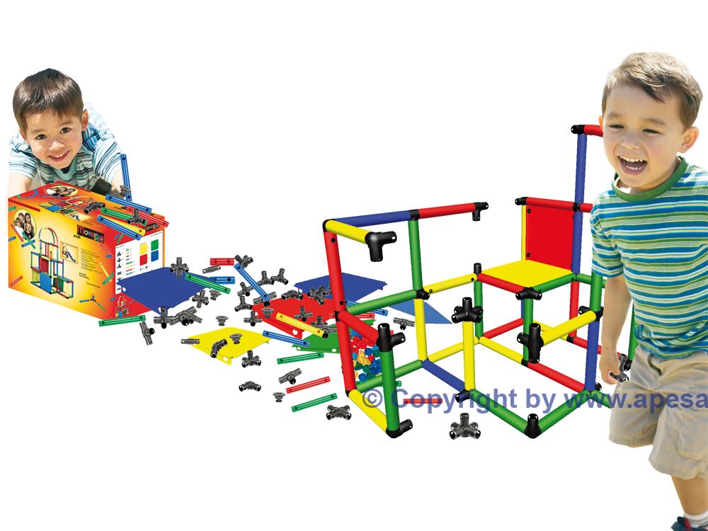 Kreatives Kinderspielgerät für den Garten