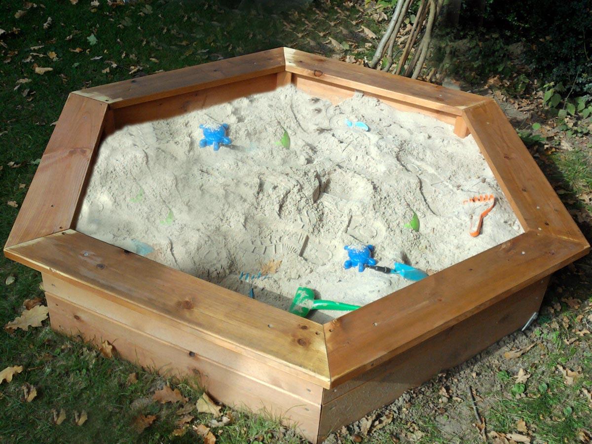 Sandkasten für den privaten Garten
