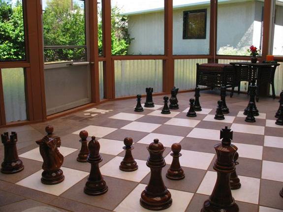 Schachfelder aus Fallschutzplatten