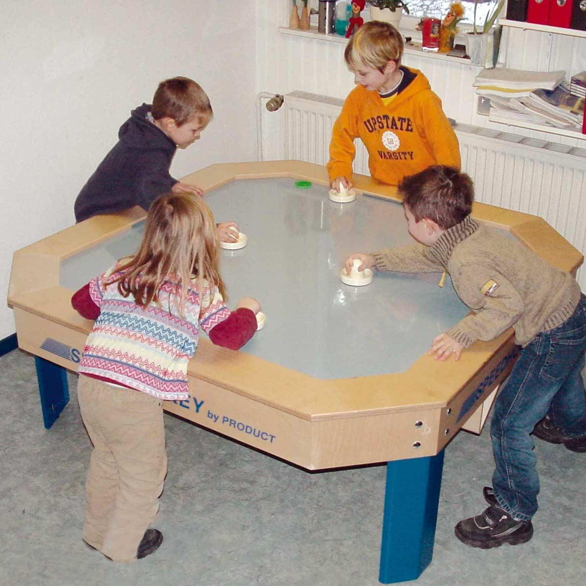 Beim Tischhockey kann jeder mitspielen