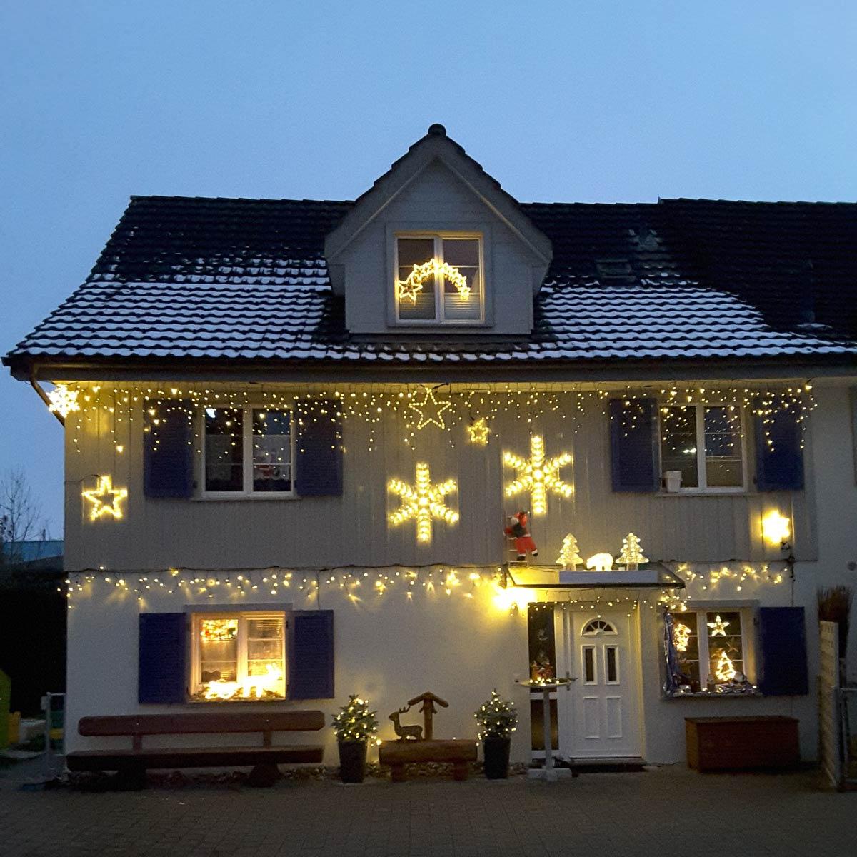 Leuchthaus mit Lichterketten Icicle System 24 LED