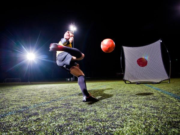 fussball-fussballtore-kickster-mobile-kicking_01