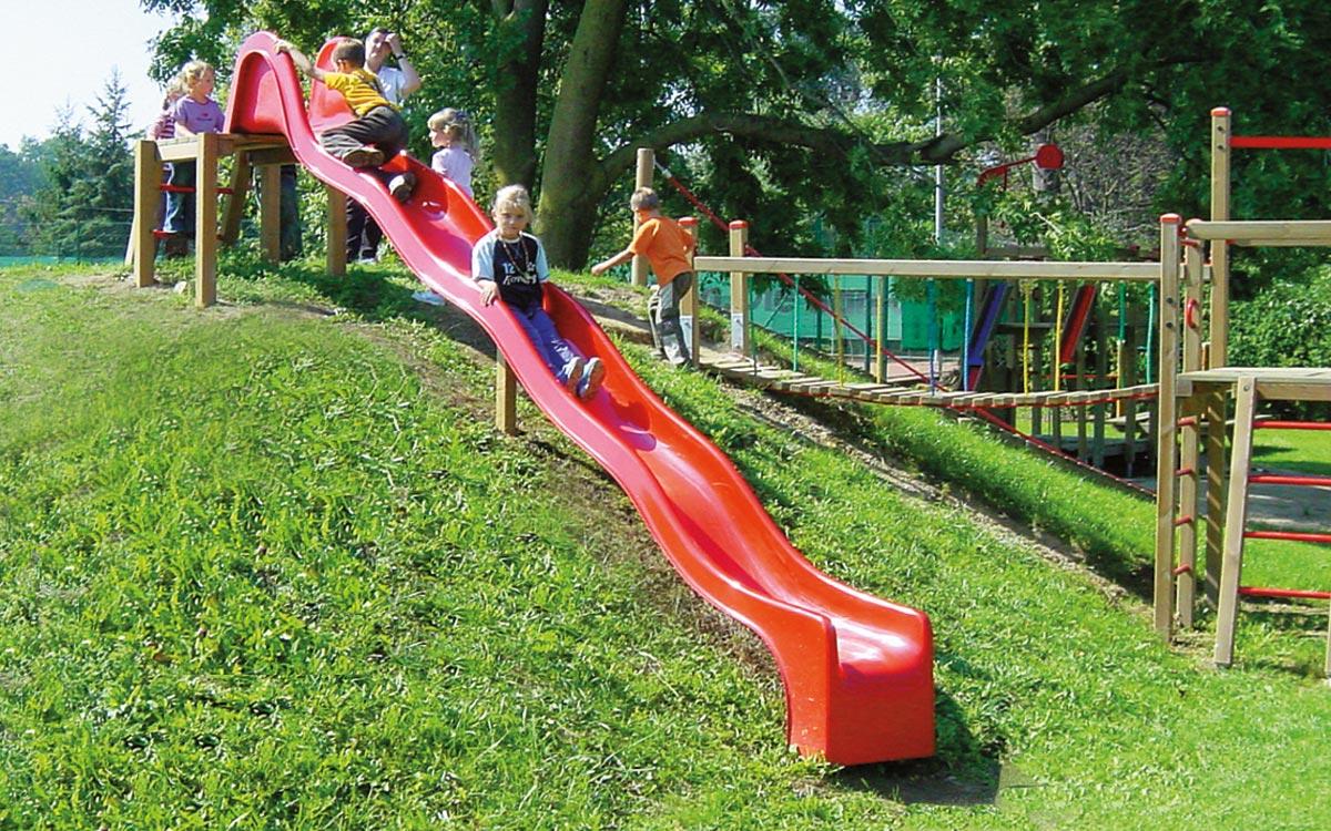 Blog-Thema: Rutschbahnen für Spielplätze Norm EN1176