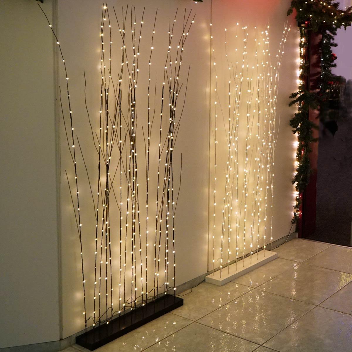Weidenzweige mit LED als Dekoration für das Haus