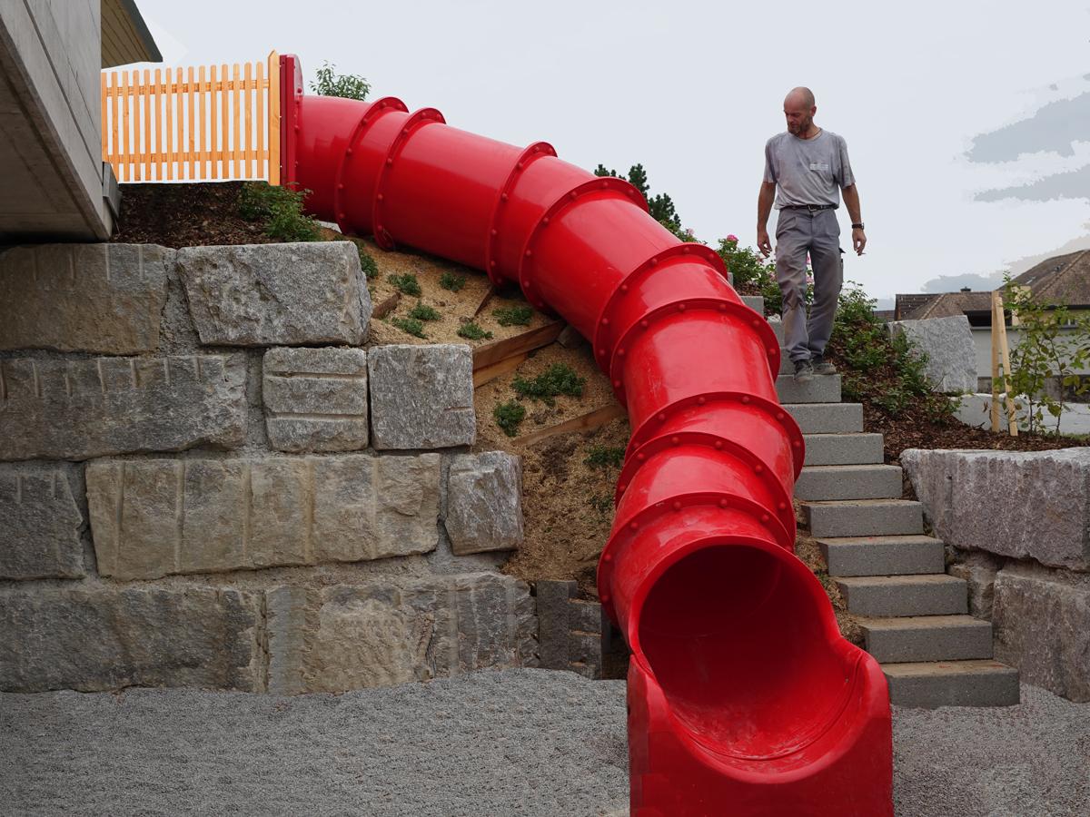 Tunnelrutschen für steile Abhänge