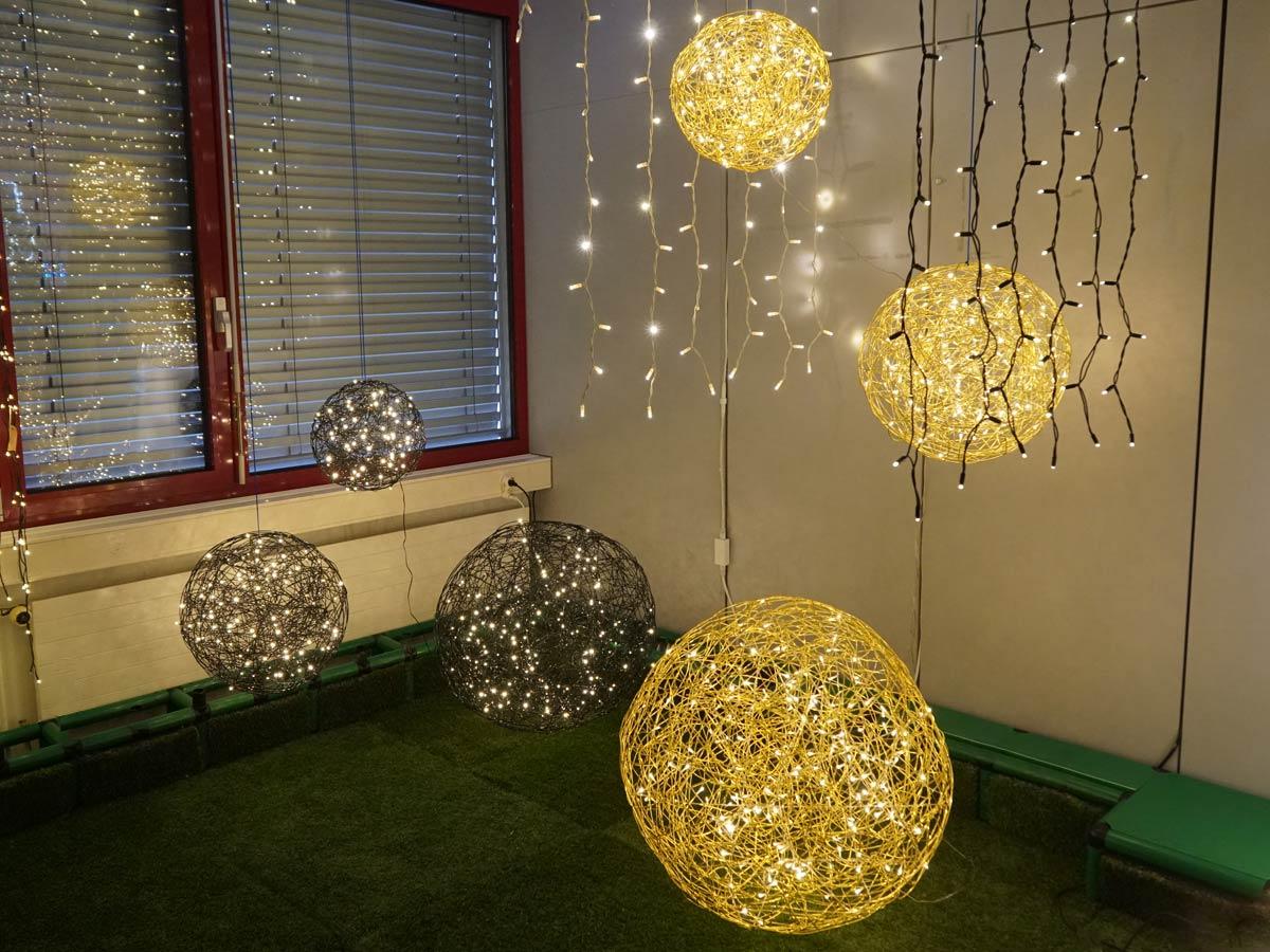 wehnachtslichter lLuchtkugeln-lichtkugeln-apesa_02.jpg