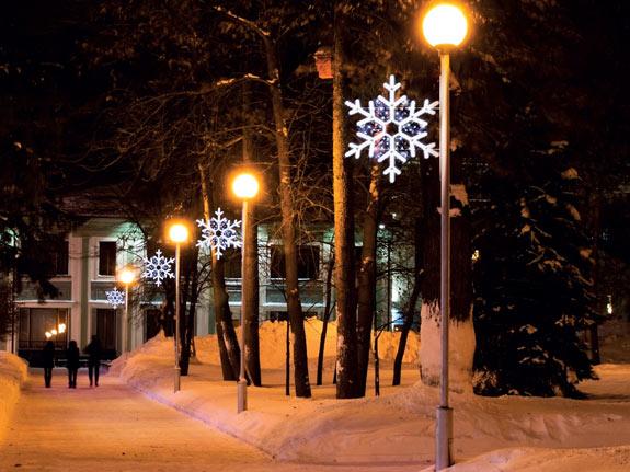 Schneeflocken sind ideal als Leuchtmittel für Kandelaberbeleuchtungen Strassenlaterne