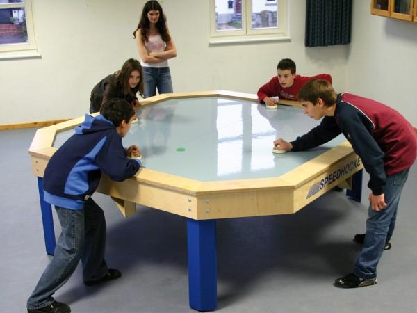 Speedhockey-Tisch quadratisch, 4-er Spieltisch, Grösse 190 x 190 cm